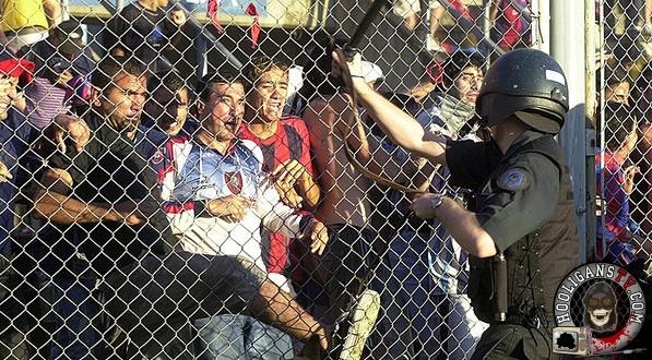 esporte-futebol-barra-brava-torcida-organizada-argentina-20021201-001-size-598