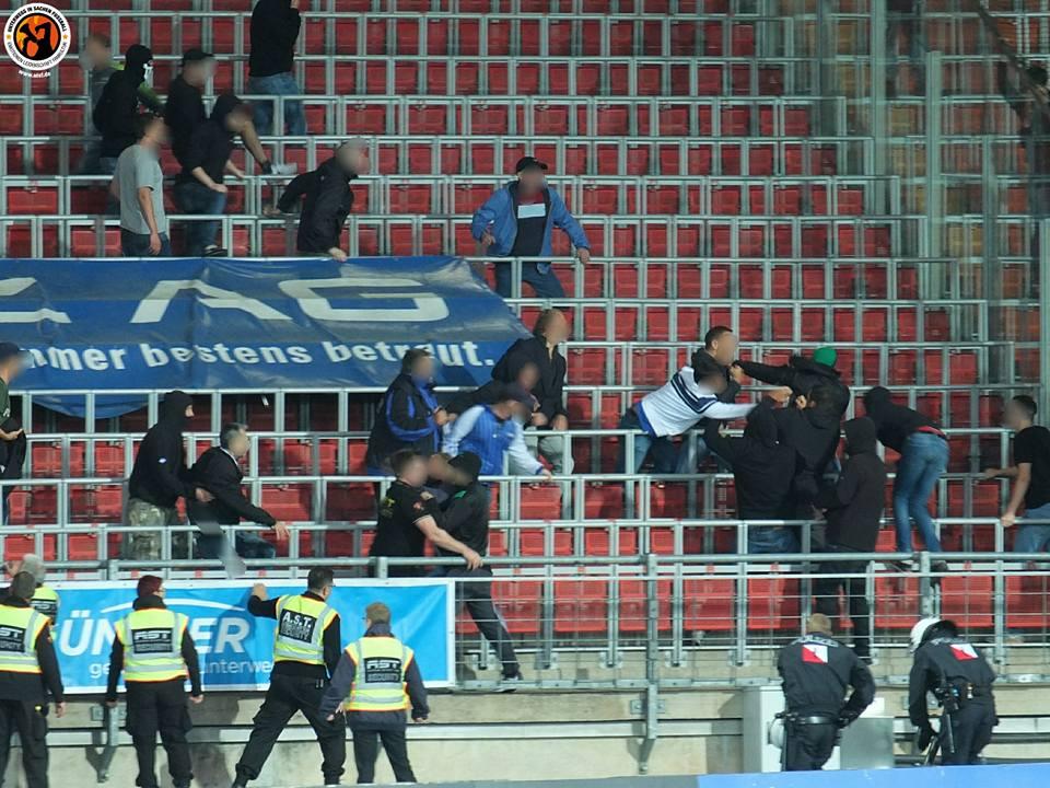 Fight After Blau Weiss Linz Sv Ried 11082017 Hooligans Tv